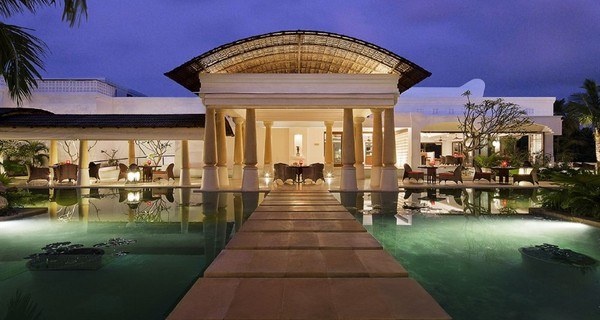 six-amazing-honeymoon-escapes-in-india-with-spas