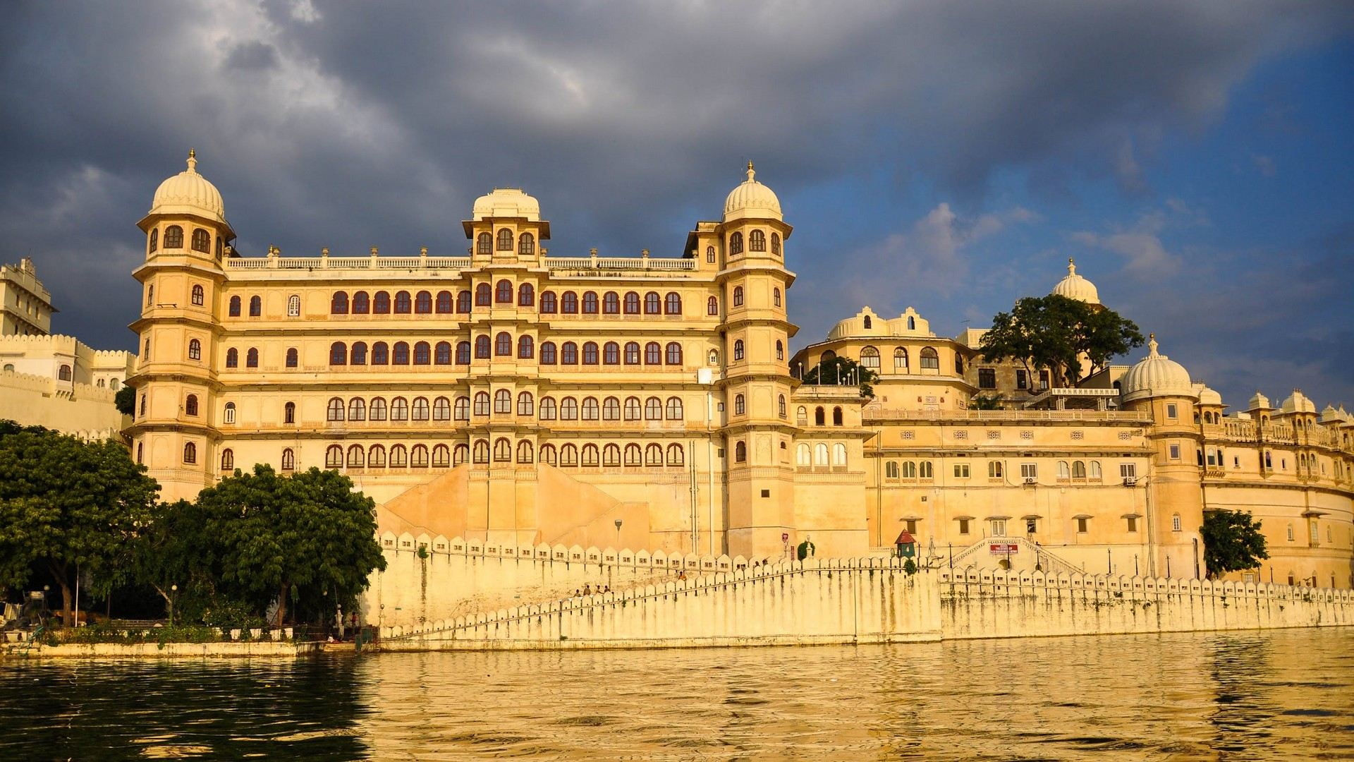 top-7-palaces-in-rajasthan