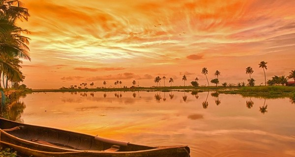 Magical Kerala Luxotic Tour Package
