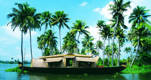Striking Kerala Tour
