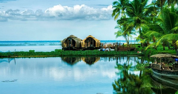 relax-in-kerala-luxotic-package