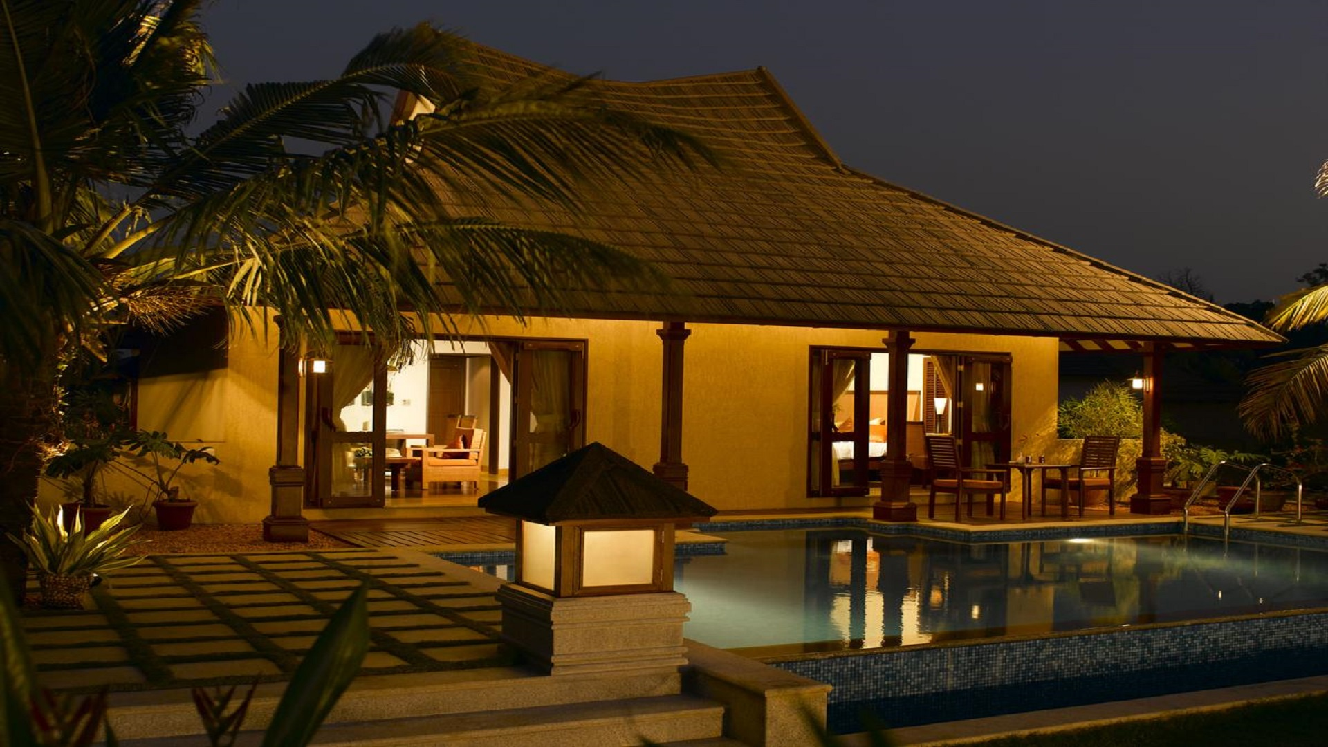 Luxury Beach Resorts in Kerala