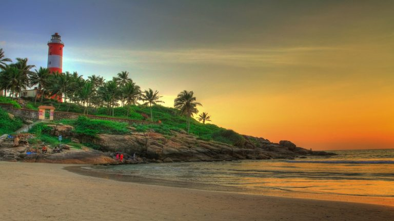 Popular Beaches in Kerala